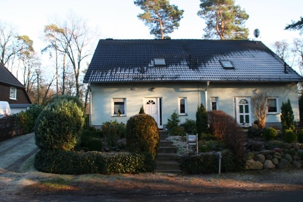 Michendorf - DEU (photo 2)