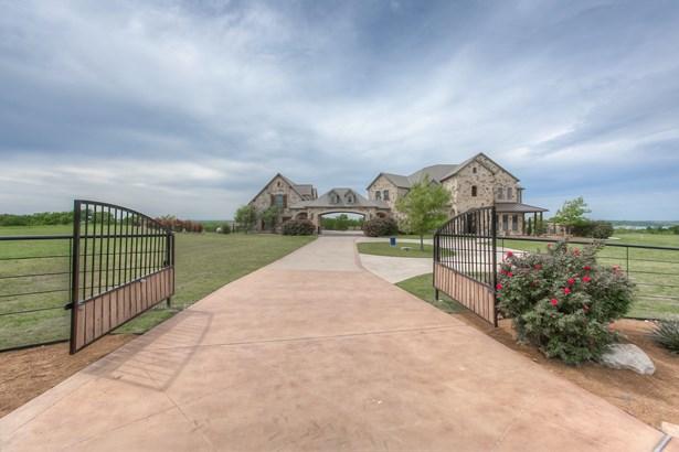 10500 W Rocky Creek Road, Crowley, TX - USA (photo 3)
