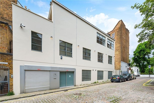 Powis Mews, Notting Hill - GBR (photo 1)