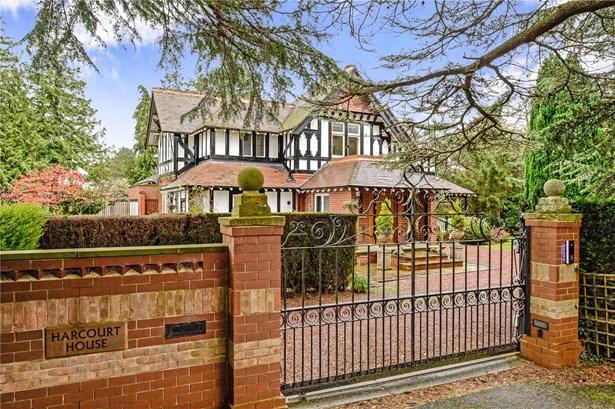 Rossett Green Lane, Harrogate - GBR (photo 3)
