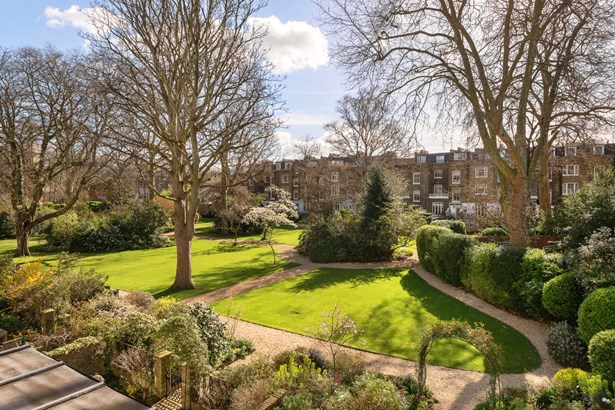 Upper Addison Gardens, Holland Park - GBR (photo 2)