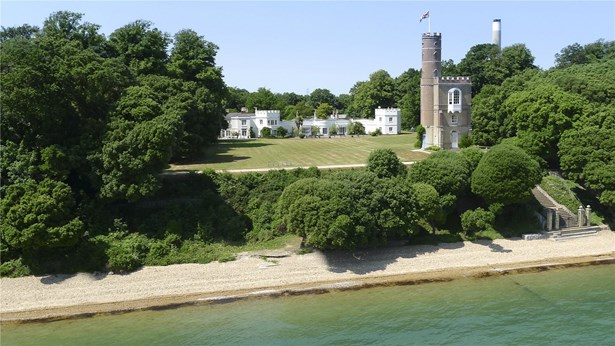 Stanswood Road, Nr Lepe - GBR (photo 1)