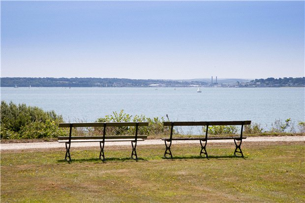 Stanswood Road, Nr Lepe - GBR (photo 3)