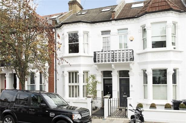 Winchendon Road, Fulham - GBR (photo 1)