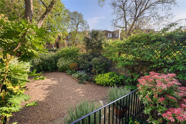 Warwick Gardens, Kensington - GBR (photo 3)