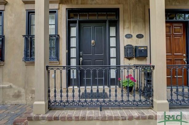 Townhouse, Contemporary - Savannah, GA (photo 2)
