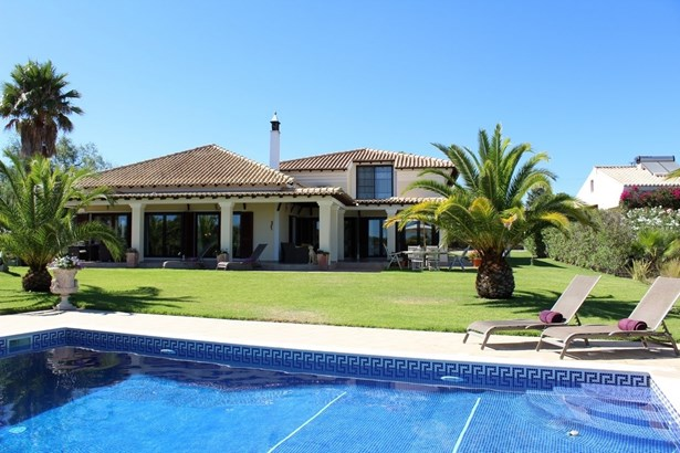 Villa in Caramujeira with seperate 2 bedroomed Cottage Foto #1 (photo 1)