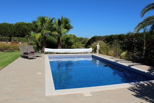 Villa in Caramujeira with seperate 2 bedroomed Cottage Foto #4 (photo 4)