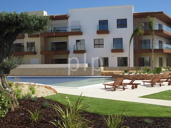 2 bedroom apartment in Portimao Foto #2 (photo 2)
