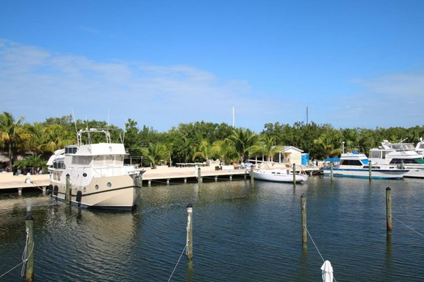 Boat Slips - Upper Matecumbe Key Islamorada, FL (photo 2)