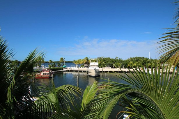 Boat Slips - Upper Matecumbe Key Islamorada, FL (photo 5)