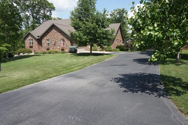 305 Kramer Lane, Saddlebrooke, MO - USA (photo 1)