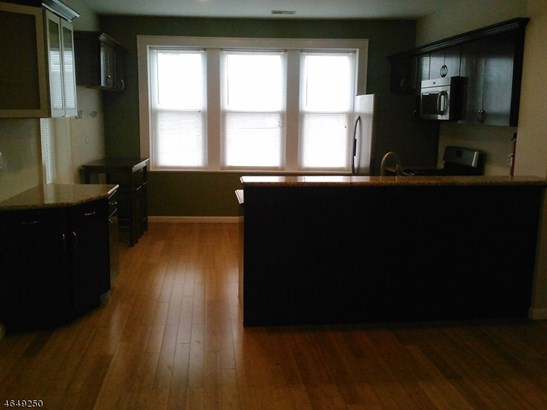 One Floor Unit, Single Family - City Of Orange Twp., NJ (photo 3)