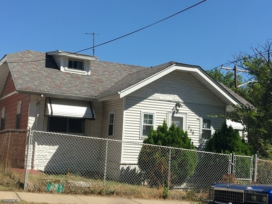 Fixer Upper, Single Family - Newark City, NJ (photo 1)