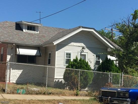 Fixer Upper, Single Family - Newark City, NJ (photo 2)