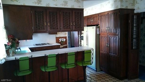 Custom Home, Single Family - Union Twp., NJ (photo 3)