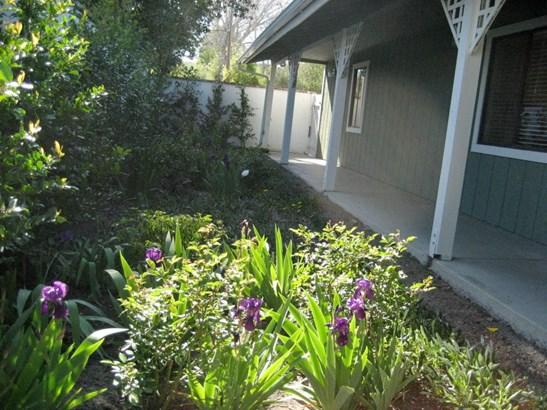 2716 Grand, Los Olivos, CA - USA (photo 2)