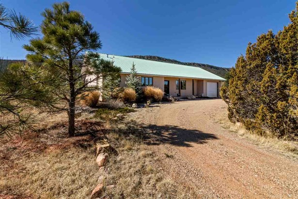 North New Mexico, Single Family - Rowe, NM (photo 1)