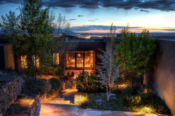 Contemporary, Single Family - Santa Fe, NM (photo 1)