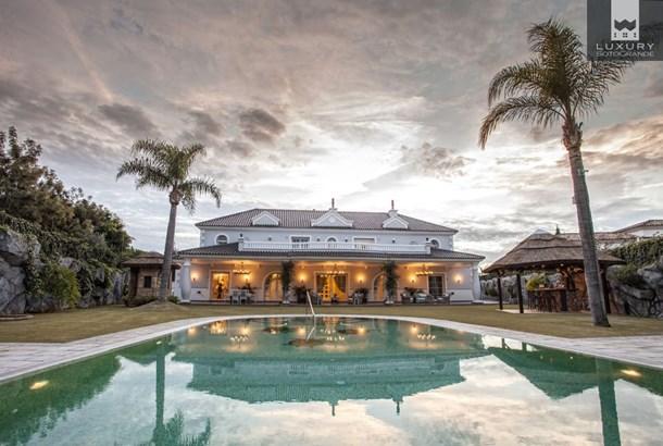 Villa Yokito - Amazing Villa for sale in Sotogrande Alto (photo 1)
