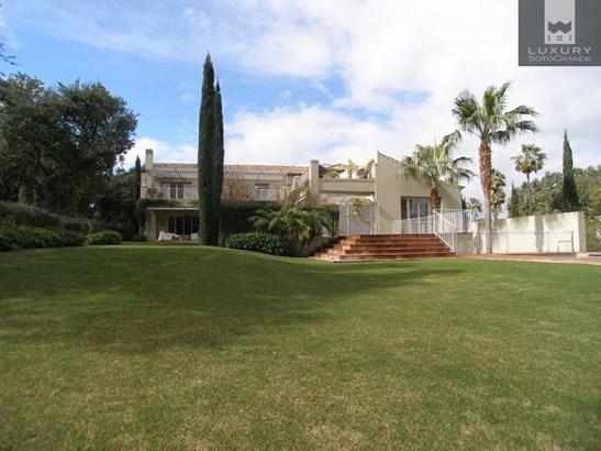 Magnificient Villa in Sotogrande For Sale (photo 2)