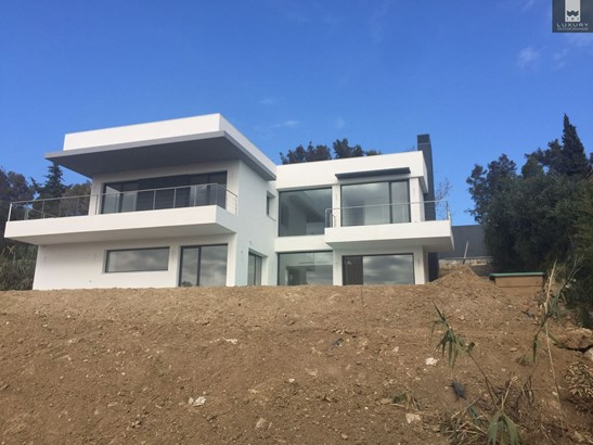 Spectacular, Project of Contemporary 4 Bedroom Villa in Sotogrande for Sale (photo 1)