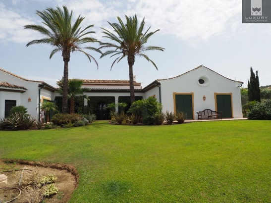 Equestrian Finca for sale near Sotogrande with land suitable for a private Polo field (photo 5)