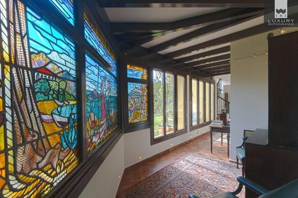 Magnificent family Villa for sale in Sotogrande (photo 5)