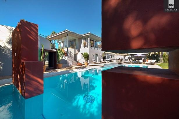 Fabulous 6 bedroom Villa for sale in Sotogrande Costa (photo 2)