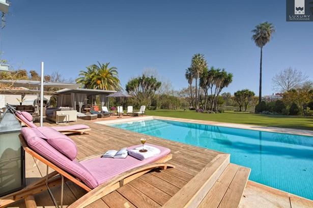 Fabulous 6 bedroom Villa for sale in Sotogrande Costa (photo 4)