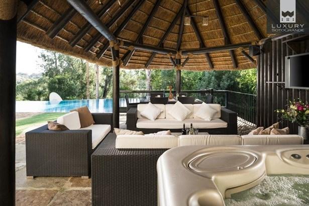 Spectacular Villa for Sale First Line Almenara Golf in Sotogrande (photo 5)