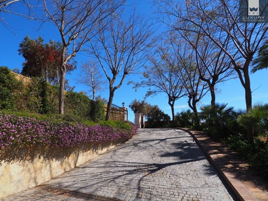 Recently Reduced spectacular front line golf Villa for sale in Sotogrande la Reserva (photo 1)