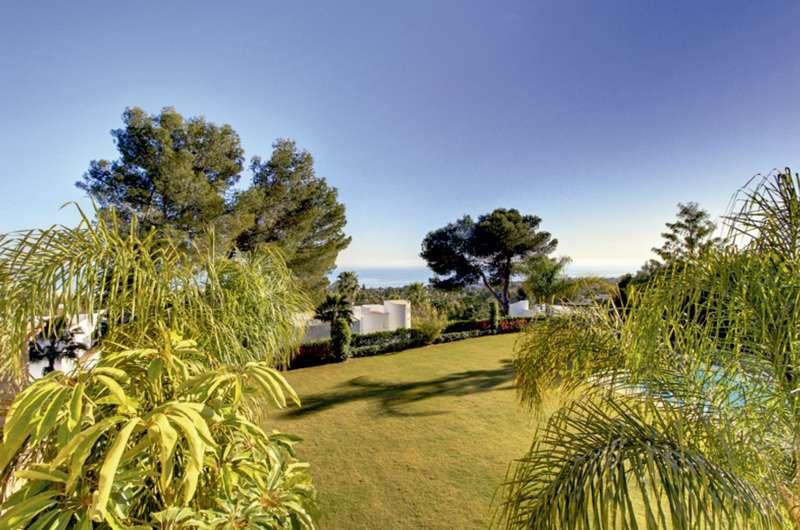 Marbella - ESP (photo 2)