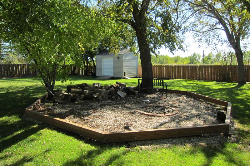 813 Weiser Crescent East, Anola, MB - CAN (photo 5)