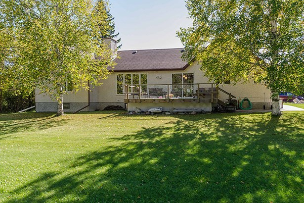 27051 Park Road, Rm Of Springfield, MB - CAN (photo 2)