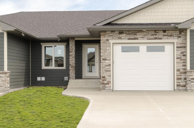 57 Crystal Drive, Oakbank, MB - CAN (photo 1)