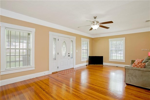 Single Family Home, Bungalow - TAMPA, FL (photo 3)