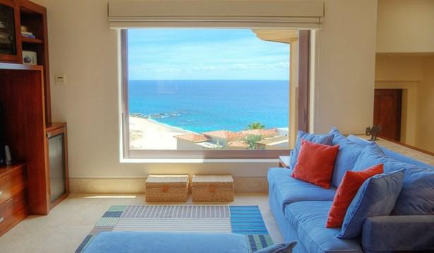 Casa Escarpa Lot 30 Paseo De La Reina, Cabo - Corridor - MEX (photo 5)