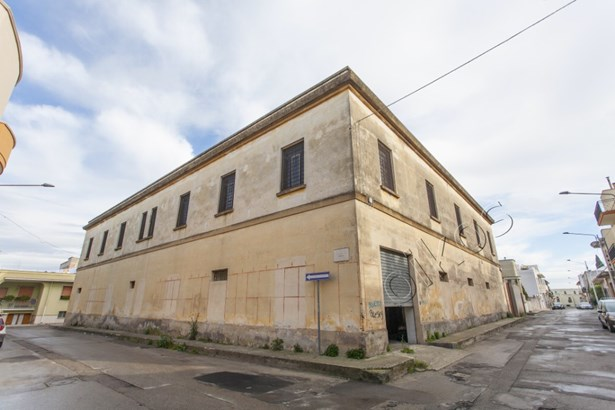 Via Dei Cretesi, Oria - ITA (photo 2)