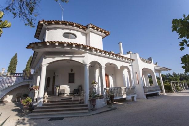 Via San Lorenzo, Oria - ITA (photo 1)