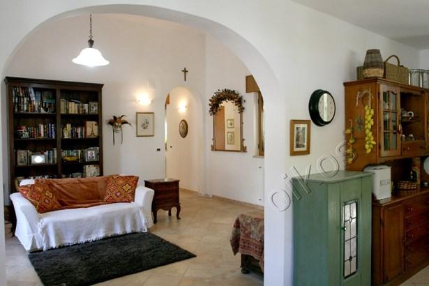 Via Madonna Di Gallana, Oria - ITA (photo 5)