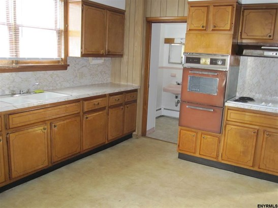 120 Cottage St, Ravena, NY - USA (photo 1)