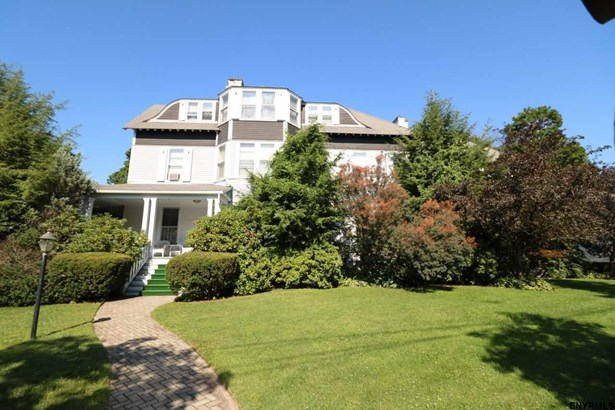 181 Phila St, Saratoga Springs, NY - USA (photo 1)