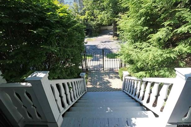 181 Phila St, Saratoga Springs, NY - USA (photo 2)