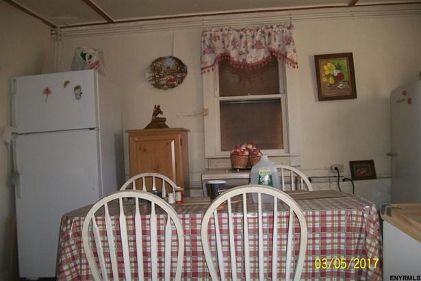 136 South St, Sharon Springs, NY - USA (photo 2)