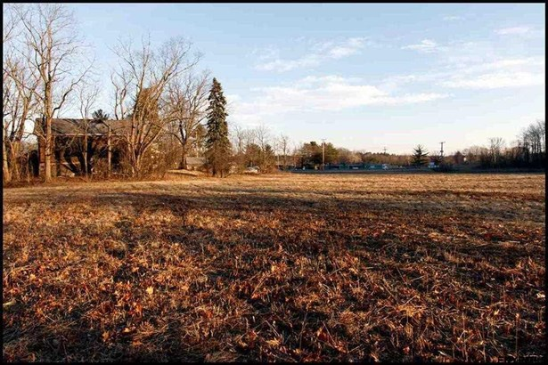 2538 River Rd, Niskayuna, NY - USA (photo 4)