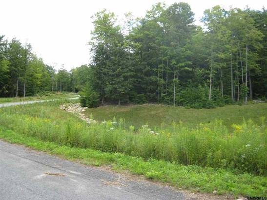 2 Moss Creek Rd, Greenfield, NY - USA (photo 1)