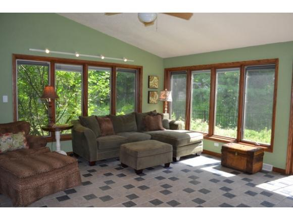 428 Brook Hill Avenue, Vestal, NY - USA (photo 5)