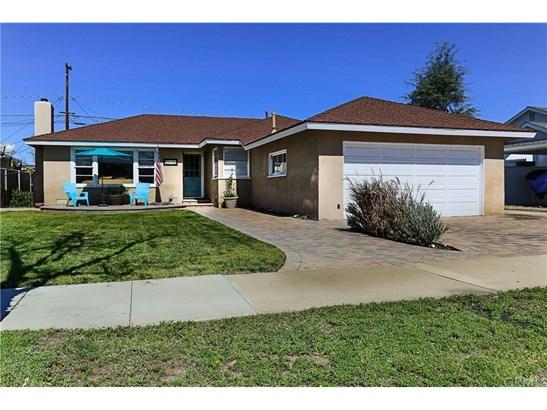 Single Family Residence, Traditional - Orange, CA (photo 2)
