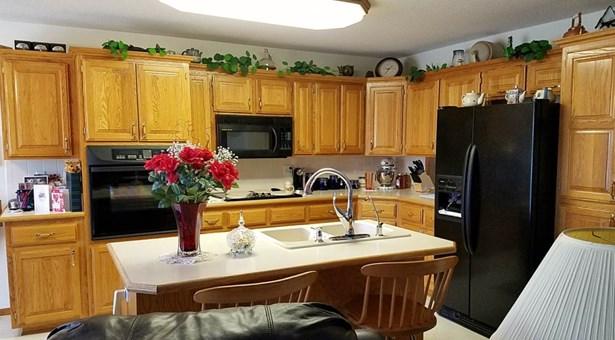 Single Family OnSite Blt, Ranch - Wellington, KS (photo 4)